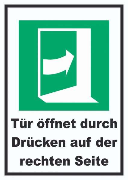 Tür öffnet durch Drücken auf der rechten Seite Schild