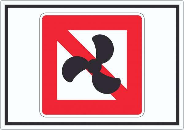 Keine Motorboote Symbol Fahrverbot für Fahrzeuge mit Motor